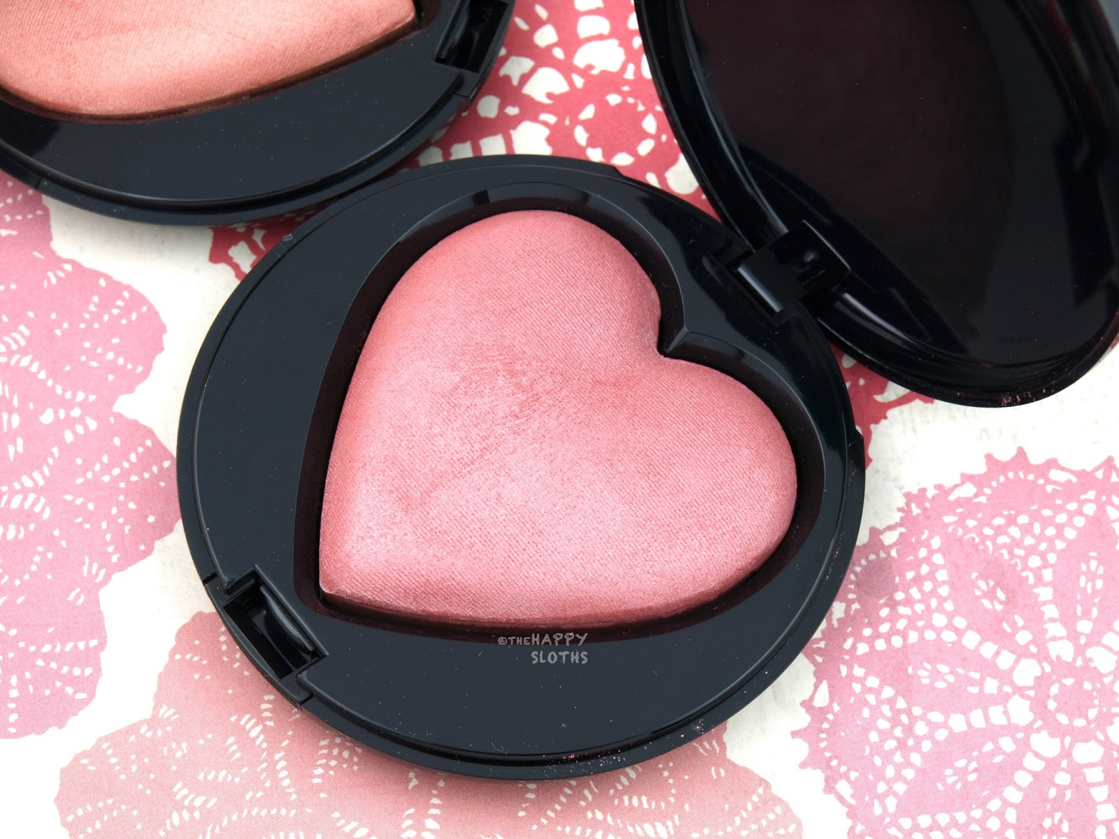 "Mary Kay Summer 2017 Baked Cheek Powder in ""Giving Heart"": Review and Swatches"