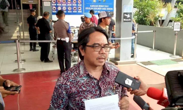 Ade Armando Laporkan Balik Fahira Idris, Tapi Ditolak Polisi