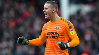 Manchester united loned Goalkeeper Dean Henderson wins Sheffield United's Young Player of The Year award