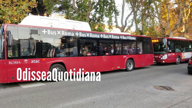 Ostia, nuova flotta di bus: arriva la sindaca