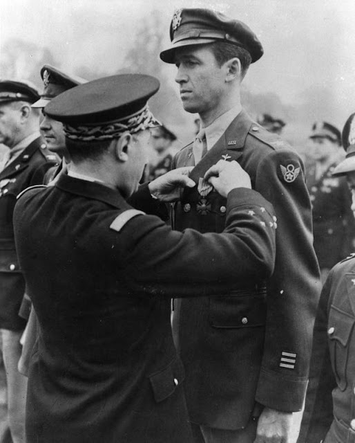 Jimmy Stewart in World War II worldwartwo.filminspector.com