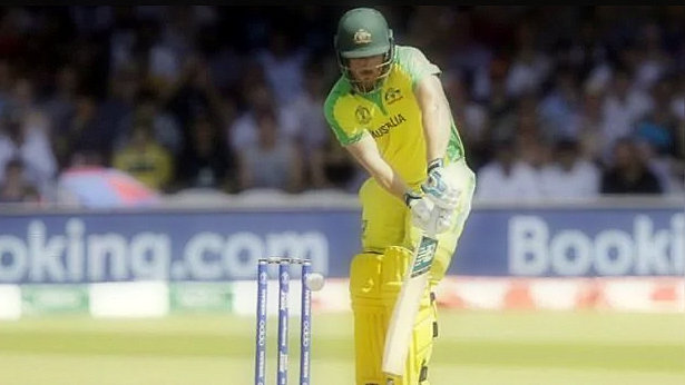 Australia vs England live: live: the Australian team, scattered against England, scored 175/7