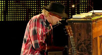 Neil Young FarmAid 2013