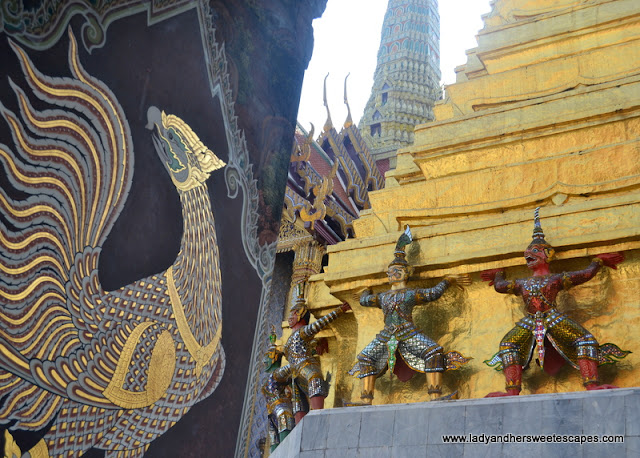 mural panels in Wat Phra Kaew