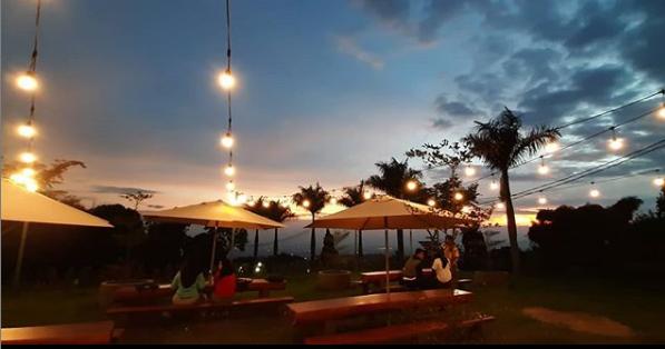 Nongkrong Bikin Asik Aja, 5 Wisata Malam Bandung Yang Rekomended