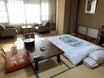 福島屋旅館の10畳和室