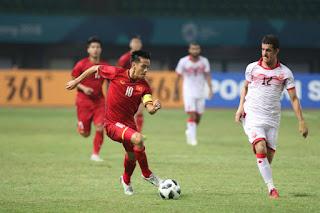 """Video U23 Việt Nam - U23 Bahrain: Cú sút """"sấm sét"""", siêu sao Công Phượng"""