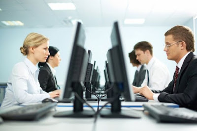 Profesi Peran dan Tanggung Jawab dalam Bidang Teknologi Informasi Komputer
