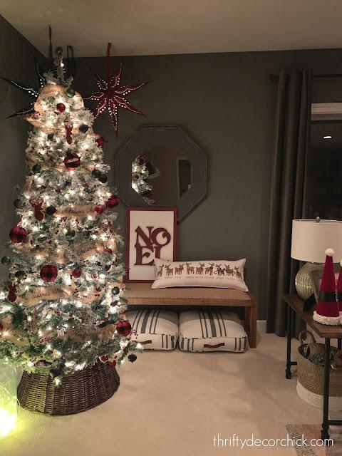 red black Christmas tree