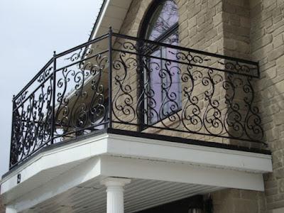 5 Desain Pagar Balkon Minimalis Modern ini Keren Banget