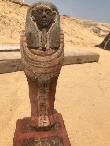 Egypt's Antiquities Ministry announces new discovery in Saqqara