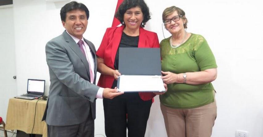 SINEACE certifica a enfermeras como evaluadoras de agentes comunitarios de salud - www.sineace.gob.pe