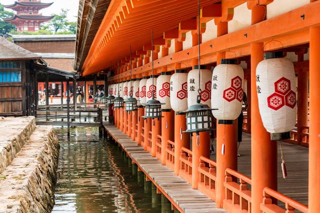 Santuario Itsukushima :: Canon EOS5D MkIII | ISO100 | Canon 24-105@105mm | f/6.3 | 1/50s