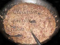если готовим из консервированной фасоли , то начинаем отсюда:  - разминаем фасоль вил-кой ( или измельчаем в блендере)