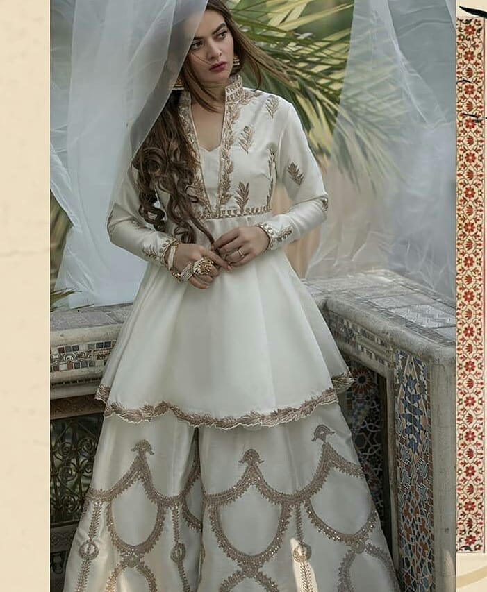 Minal Khan New Pictures is True Example of Beauty in White