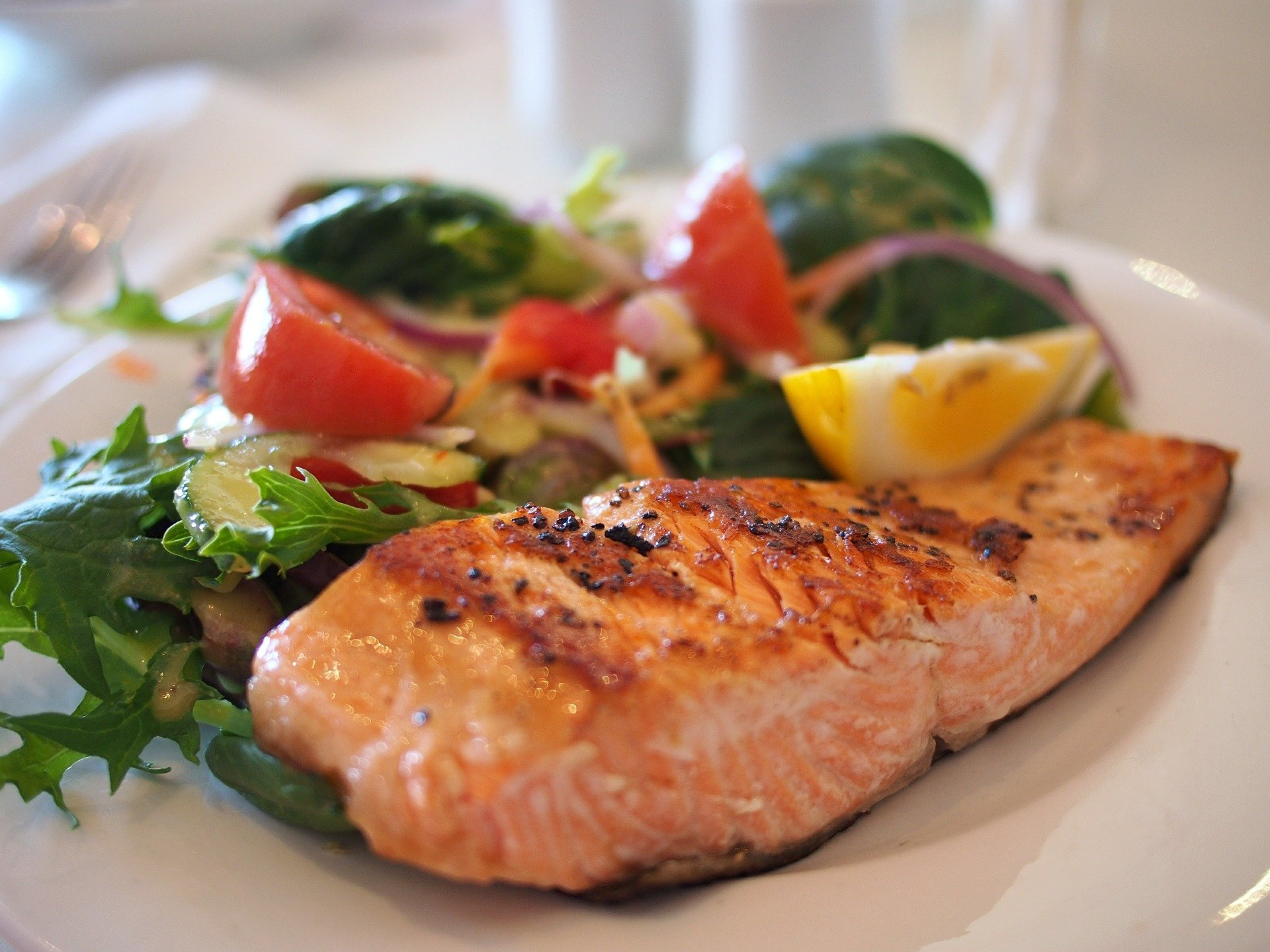 Green Salad with Diced Salmon