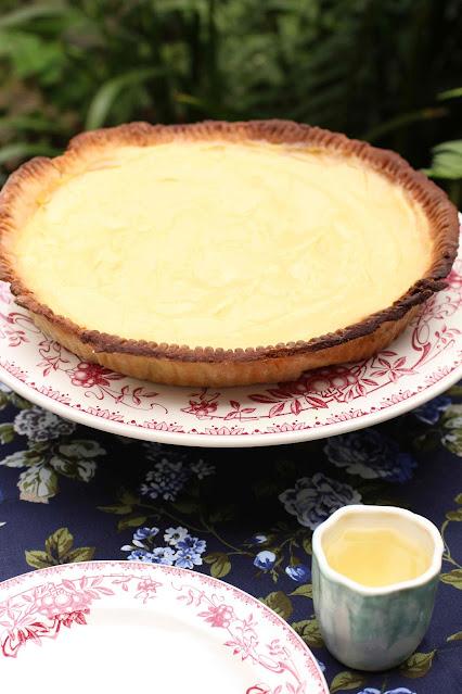 Tarte au vinaigre 'vinegar pie'
