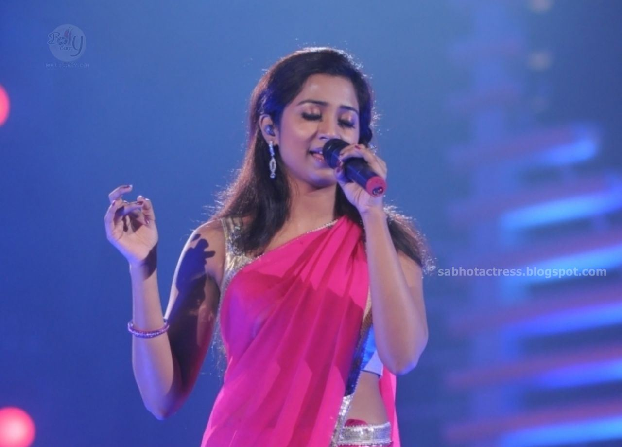 Shreya Ghoshal Hot Navel,Cleavage And Ampit Show Sexy -1580