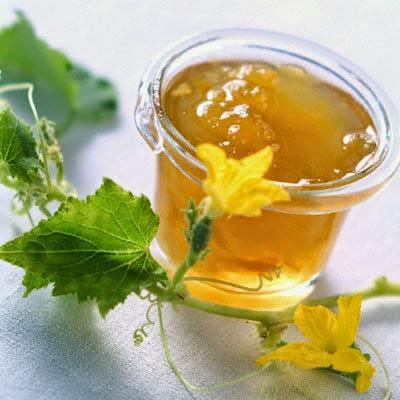 Cách trị tàn nhang bằng mật ong và bí đao 5
