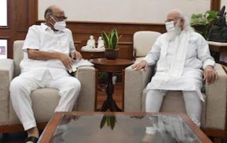 शरद पवार और PM मोदी के बीच 50 मिनट तक चली बैठक