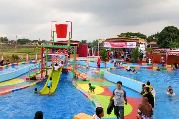 Waterpark Bikin Wisata Air di Pluneng Klaten Semakin Komplet