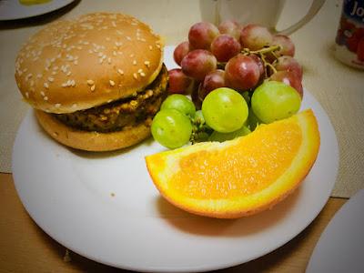 Hotel Pod Wulkanem, Kluszkowce, śniadanie, hamburger wegetariański