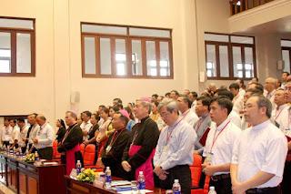 Tin vui! Hội Đồng Giám Mục Việt Nam ra thông báo về việc Rước Lễ