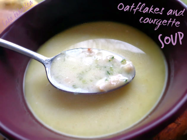 Oatflakes and courgette soup by Laka kuharica: mild, creamy, simple and delicious.