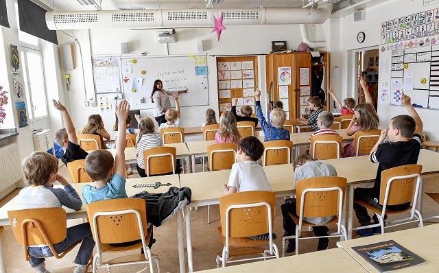 مدرسة حديثة في الأردن تعلن عن حاجتها لكادر تعليمي واداري وسائقين والمزيد