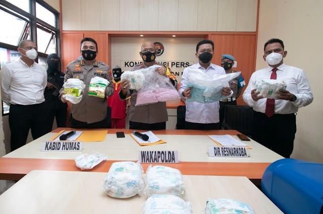Polda Kepri Berhasil Amankan 20.000 Pil Ekstasi dan 8,3 Kg Narkotika Jenis Sabu