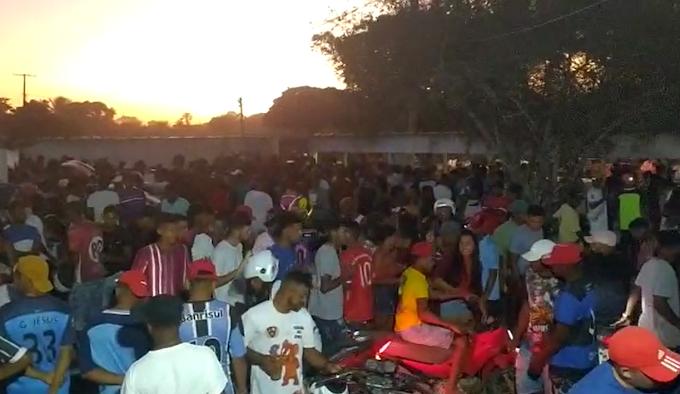 Vídeo: Festa e paredões causam aglomerações no fim de semana em Serrinha