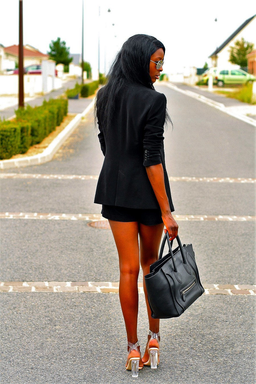 total-look-noir-talon-perspex-transparent-celine-mini-luggage