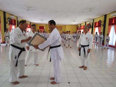 Selain Ujian, Pengprov dan Lemkari Lampung Gelar Penyematan Kehormatan Kepala SPN Polda Lampung