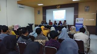 Disperindagin Kab Cirebon Ajak Indomart Promosikan IKM
