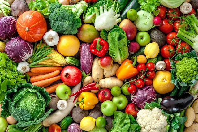 Makan Sayur Dan Buah-Buahan