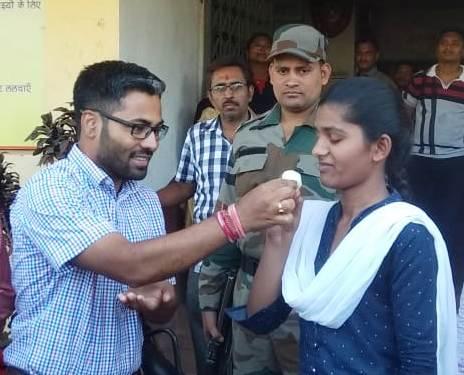 ब्रेकिंग पत्रवार्ता:-नोट्रेडेम मुसगुटरी की छात्रा ने मारी बाजी,छत्तीसगढ़ बोर्ड परीक्षा में जशपुर के तीन विद्यार्थियों ने टॉप 10 में बनाई जगह,जिला कलेक्टर ने दी शुभकामनाएं।