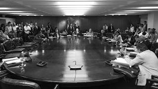 Las quejas y presentaciones del kirchnerismo no fueron suficientes para impedir que el oficialismo impusiera su interpretación del reglamento y nombrase al diputado Pablo Tonelli como representante del Poder Legislativo en el Consejo de la Magistratura.