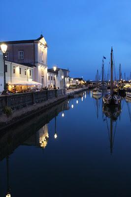 Porto canale all'imbrunire