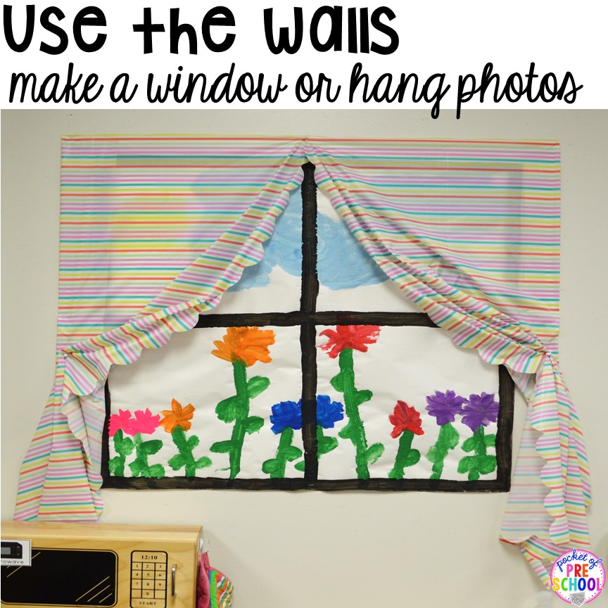 Classroom Decor Set Free ~ How to set up the dramatic play center in an early