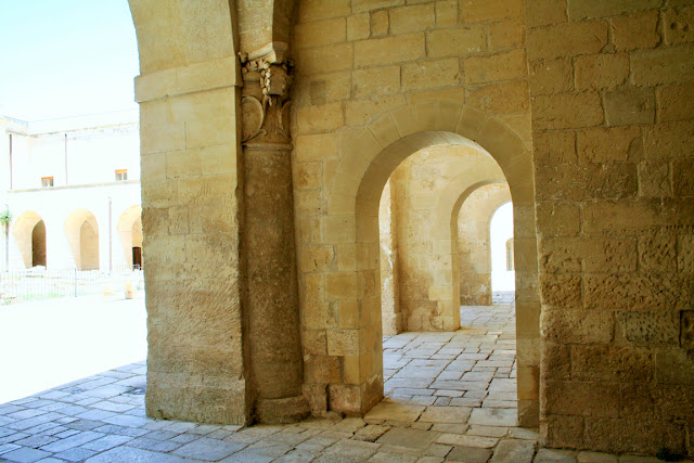archi, castello, atrio