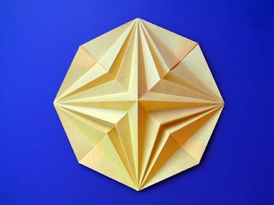 Origami, Stella in ottagono 2, variante b - Octagonal Star 2, variant b by Francesco Guarnieri