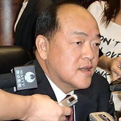 Único candidato a chefe de Governo promete promoção gradual da democracia em Macau