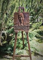 Płaskorzeźba z podobizną Karola Kossaka