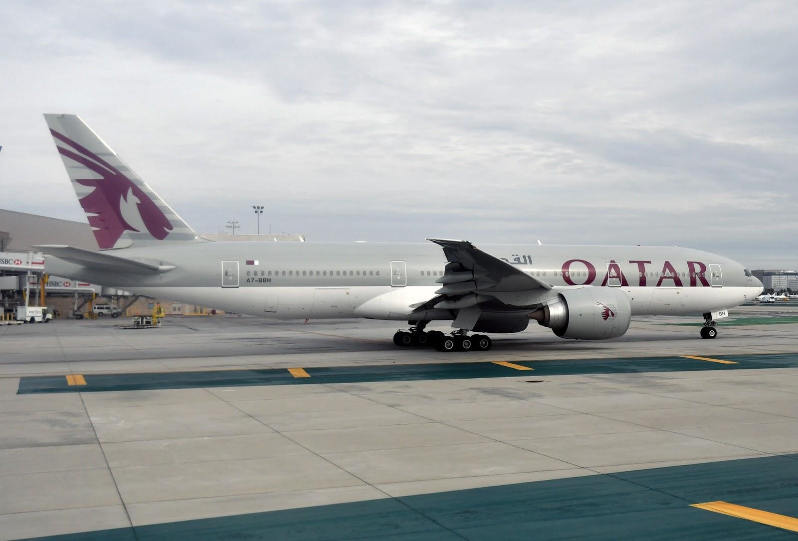 Qatar%2BAirways%2BA380.jpg