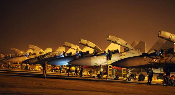 China dan India Siap Perang, Jet Tempur Pembunuh Siaga di Ladakh