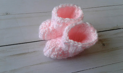 beginner crochet baby booties