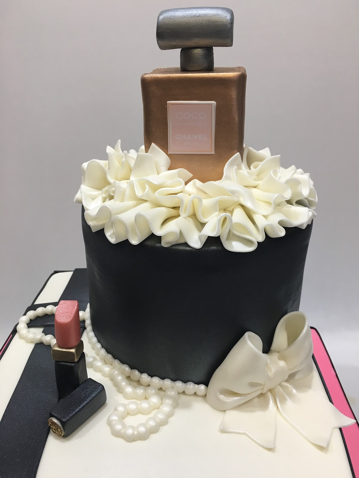 how to make gift box cake