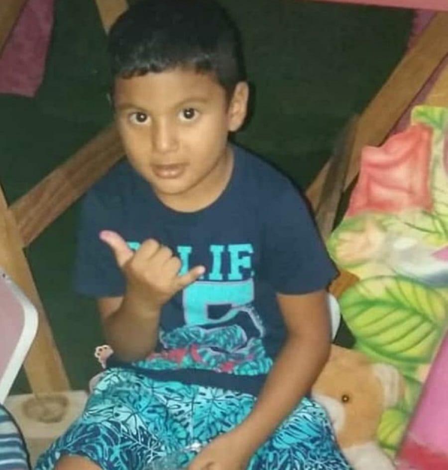Menino de 5 anos morre após sofrer choque elétrico