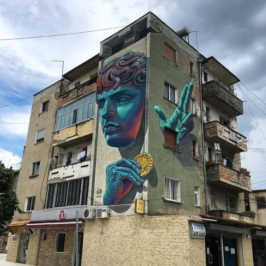 13-3D-Illusion-Wild-Drawing-WD-Bringing-Murals-Art-and-Color-to-our-Cities-www-designstack-co