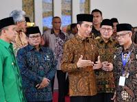 Kagum Gedung Muhammdiyah, Jokowi Bingung Duitnya Darimana, Netizen: Taunya Ngutang Sih